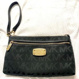Michael Kors Black Jet Set Large Wristlet